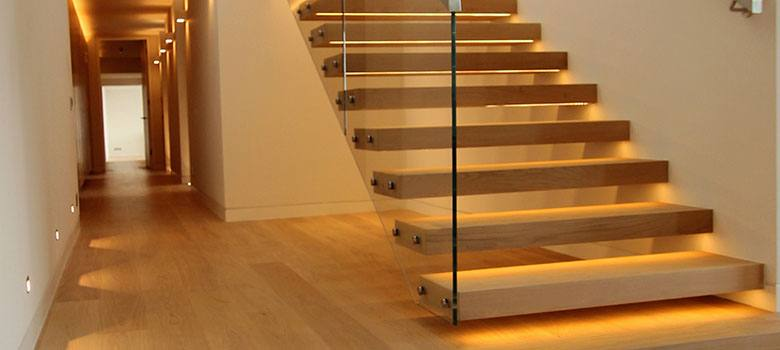 canal-cantilever-floating-staircase-design-b