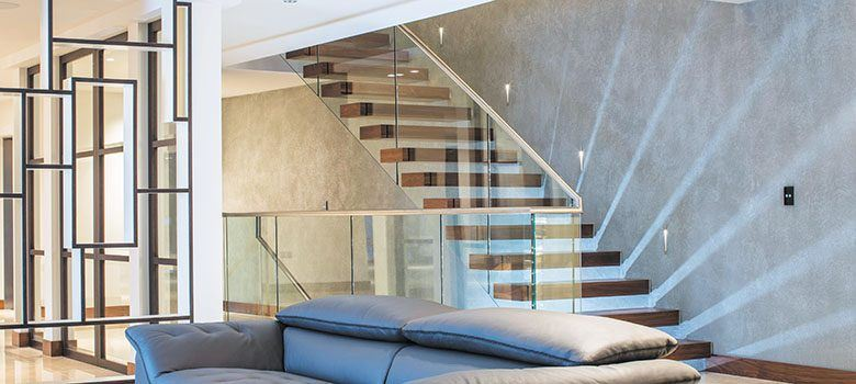 canal-cantilever-floating-staircase-design